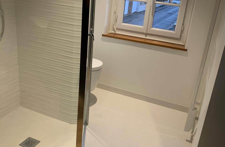 Espace douche et wc